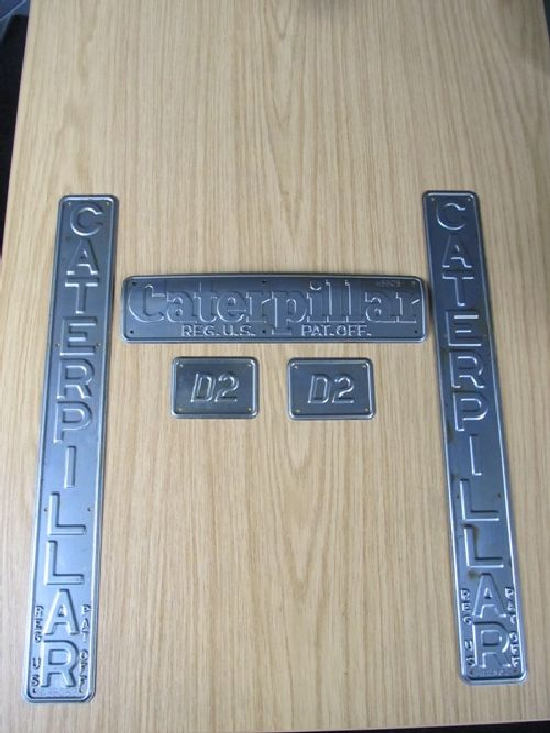 D2 Radiator Badges Picture 2