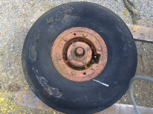 Single front wheel for vintage tractor